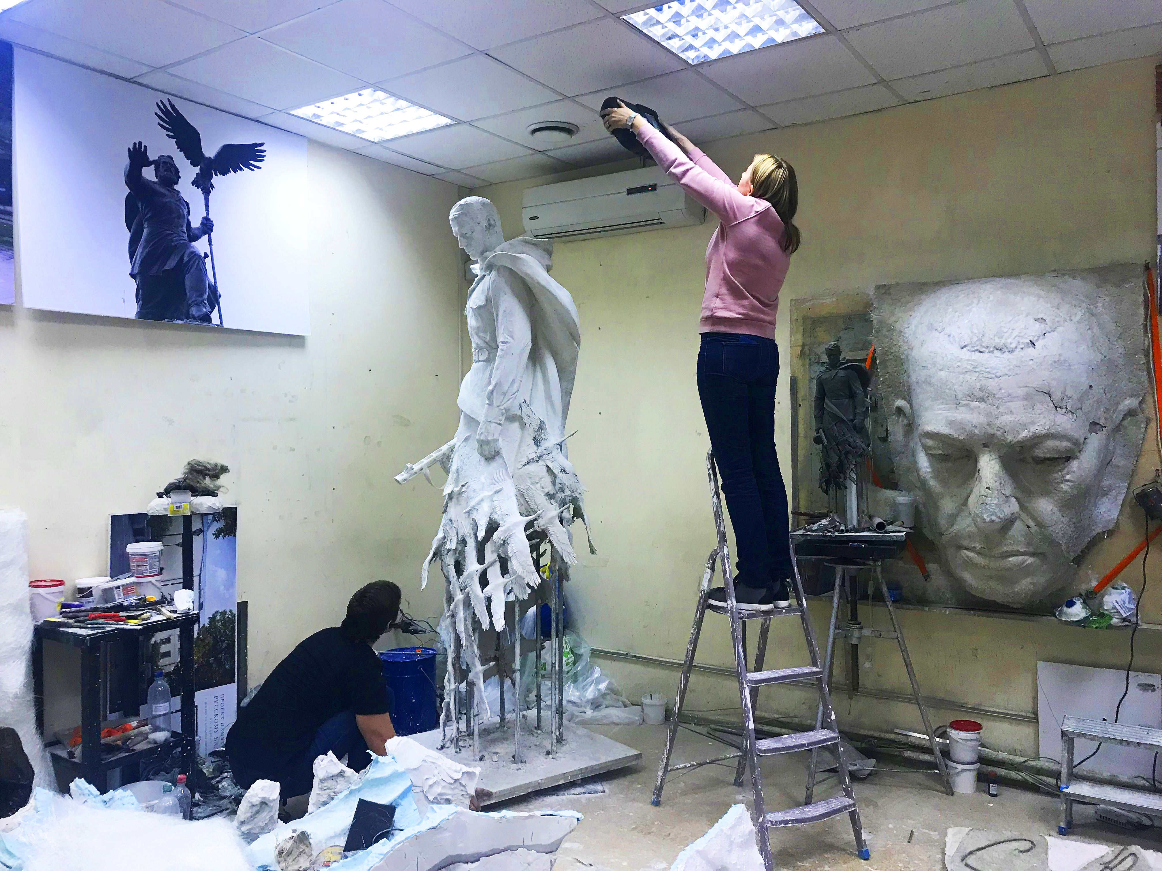 scanning a statue1