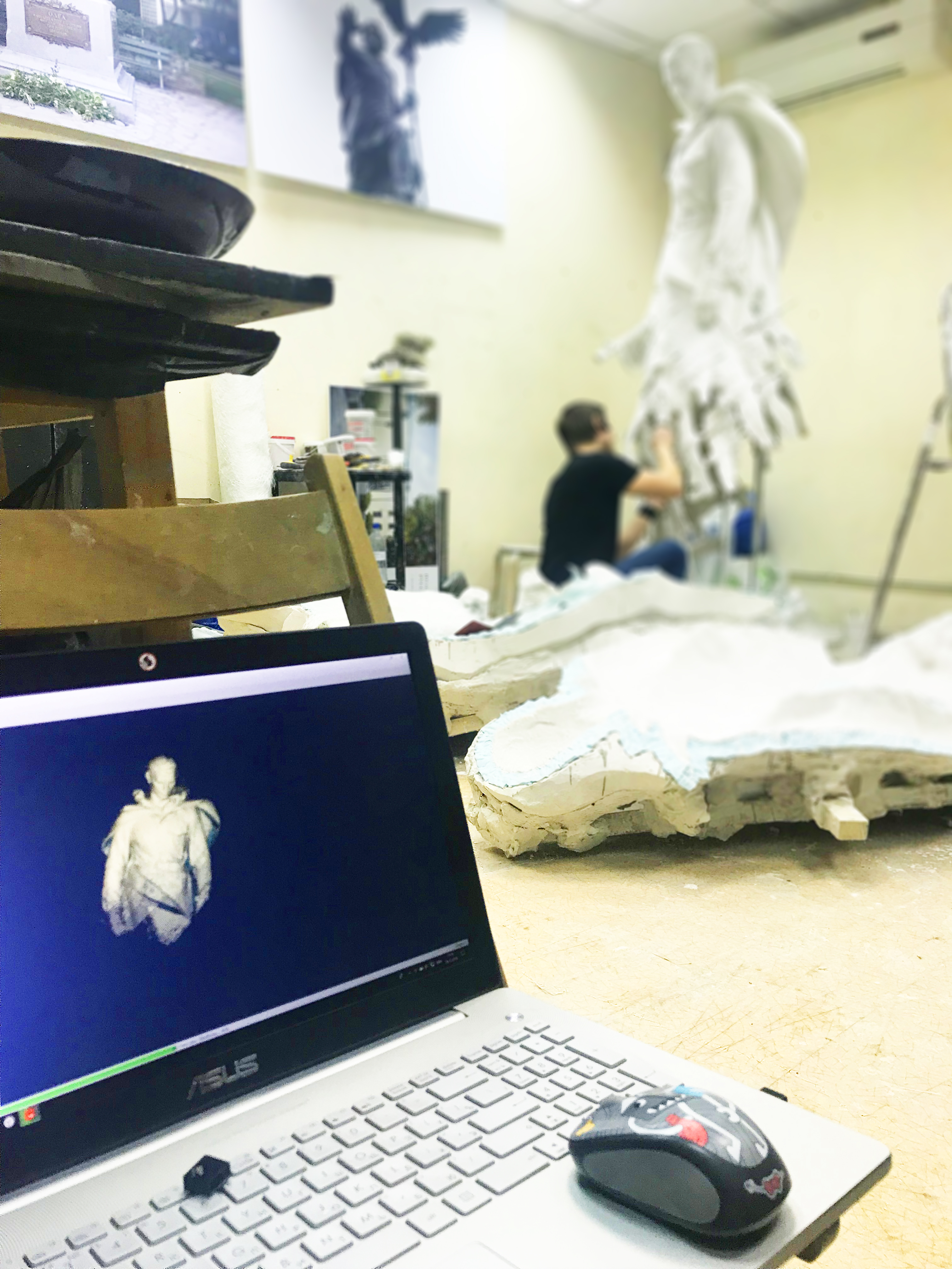 scanning a statue3